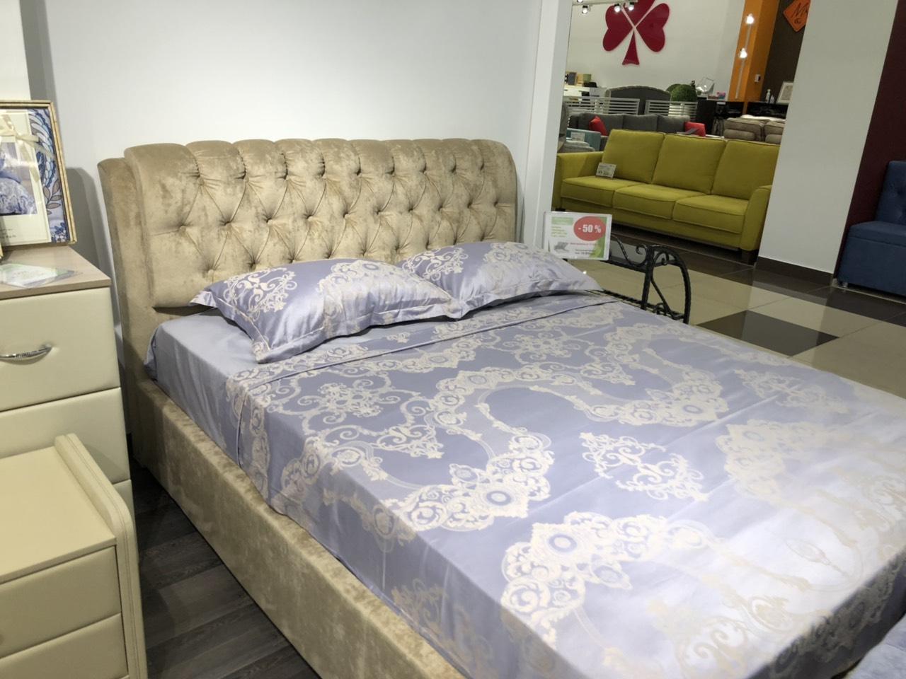"""Кровать """"Мадонна"""""""